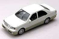 1/72 TOYOTA CROWN 001-01.JPG