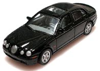 Hong 1/72 JAGUAR S-Type 001-01.JPG
